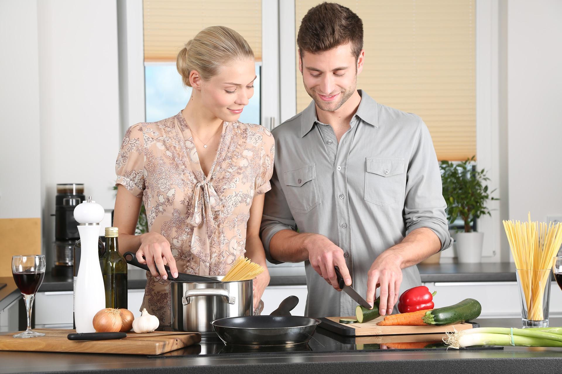 Meble kuchenne: na wymiar czy gotowe